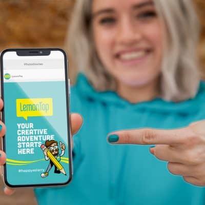 LemonTop Girl with Phone